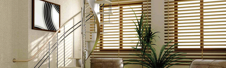 Timber-venetian-blinds